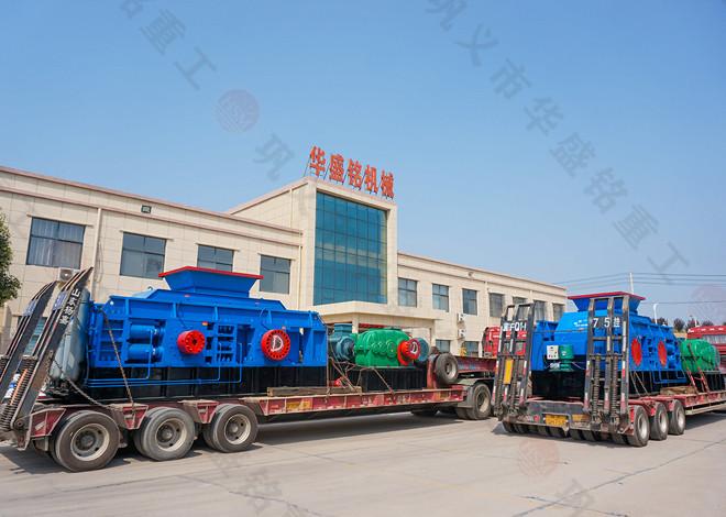 2PGY1510全液压对辊制砂机发往湖南